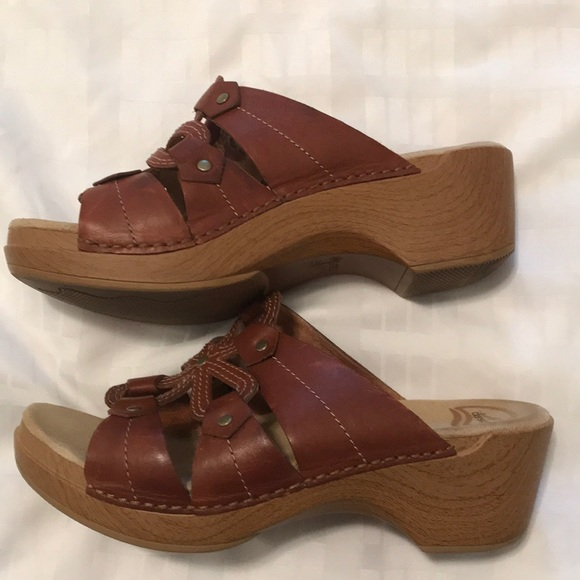 542b10bfddd28 Dansko Slip on sandals comfy good shape size 41